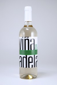 Vina Adela Weisswein 750 ml